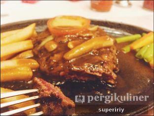 Foto 2 - Makanan(tenderloin steak) di Boncafe oleh @supeririy