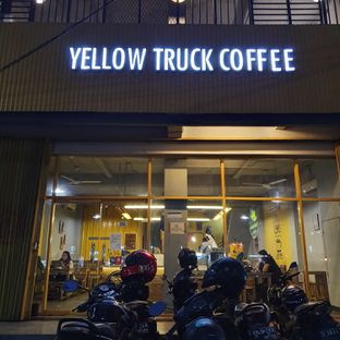 Foto review Yellow Truck Coffee oleh Adhy Musaad 2