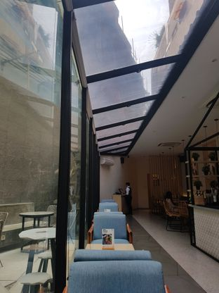 Foto 7 - Interior di Ardent Coffee oleh Yuli || IG: @franzeskayuli
