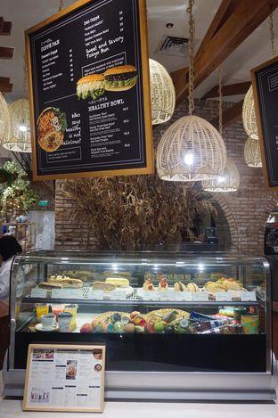 Foto 11 - Interior di Lumine Cafe oleh yudistira ishak abrar