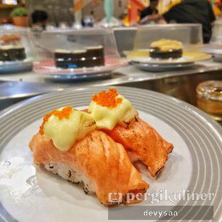 Foto 1 - Makanan di Sushi Go! oleh Slimybelly