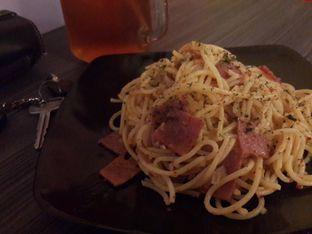 Foto - Makanan(Spaghetti Aglio Olio) di Warcak (Warung Kocak) oleh @stelmaris