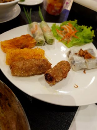 Foto 3 - Makanan di Monviet oleh Hafizah Murdhatilla