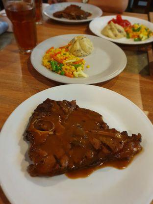Foto 3 - Makanan di Abuba Steak oleh Makan2 TV Food & Travel