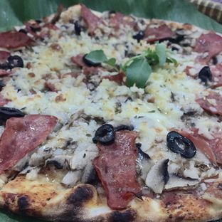 Foto 5 - Makanan di LaCroazia Pizza Bakar oleh Prajna Mudita