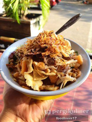 Foto 1 - Makanan di Bubur Ayam Samping BCA Khas Mayong oleh Sillyoldbear.id