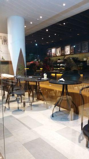 Foto 2 - Interior di Starbucks Coffee oleh Jenny (@cici.adek.kuliner)