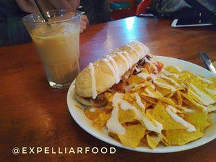 Foto - Makanan di BLW Cafe oleh Tristo