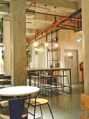 Foto 2 - Interior di Wok 'N' Tok - Yello Hotel Jemursari Surabaya oleh Ratu Aghnia