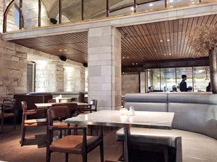 Foto 3 - Interior di J. Sparrow's Bar & Grill oleh Marisa Aryani