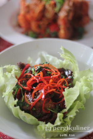 Foto 2 - Makanan di Meradelima Restaurant oleh Selfi Tan