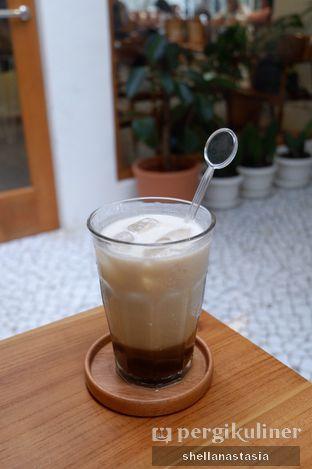 Foto 2 - Makanan(Es Kopi Susu Manakala) di Manakala Coffee oleh Shella Anastasia