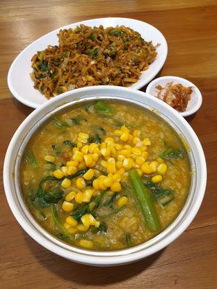 Foto 3 - Makanan(Bubur manado) di Cia' Jo Manadonese Grill oleh Pengembara Rasa