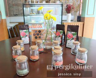 Foto review Please Please Please oleh Jessica Sisy 12