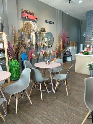 Foto 6 - Interior di Bloom Ngopi oleh Nicole || @diaryanakmakan