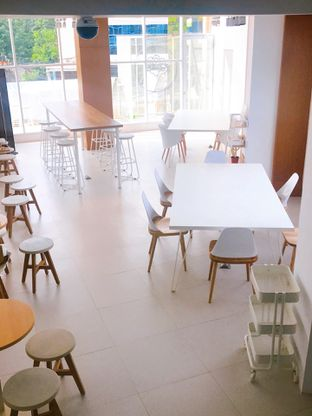 Foto 13 - Interior di Oi Coffee & Eatery oleh yudistira ishak abrar