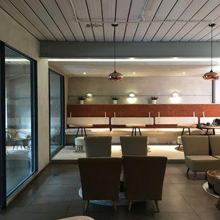 Foto 1 - Interior di Hiveworks Co-Work & Cafe oleh Della Ayu