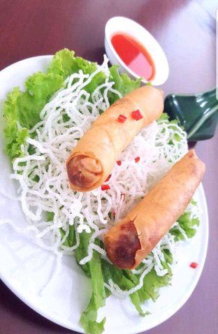 Foto 1 - Makanan di Pantjoran Tea House oleh heiyika