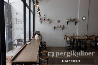 Foto 6 - Interior di The Caffeine Dispensary oleh Darsehsri Handayani