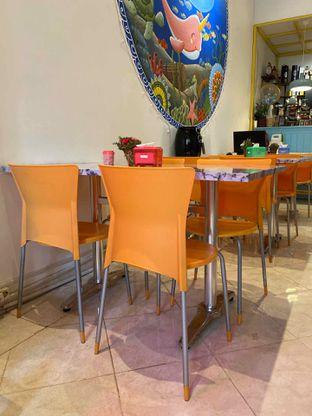 Foto 13 - Interior di Garage Cafe oleh Levina JV (IG : @levina_eat & @levinajv)