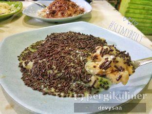 Foto 3 - Makanan di Kue Pancong Mang Kumis Dan Mang Dadang oleh Slimybelly
