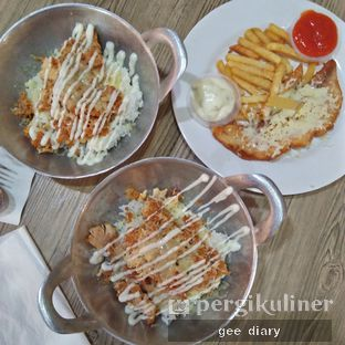 Foto 1 - Makanan di FaQiu Fish & Chick oleh Genina @geeatdiary