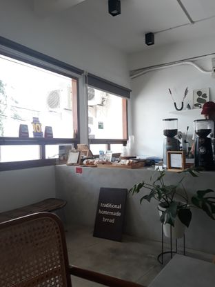Foto 7 - Interior di Moro Coffee, Bread and Else oleh Mouthgasm.jkt