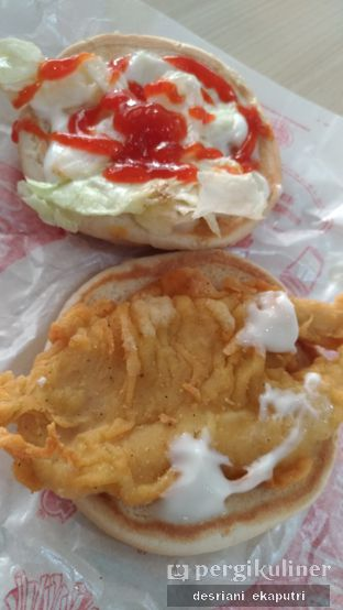 Foto 1 - Makanan di Brooaster Chicken oleh Desriani Ekaputri (@rian_ry)