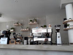 Foto 2 - Interior di Threelogy Coffee oleh Halim Farhan