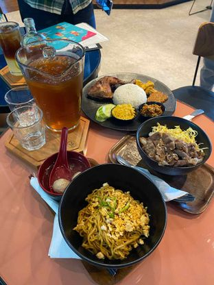 Foto 4 - Makanan di Monsoon Cafe oleh feedthecat