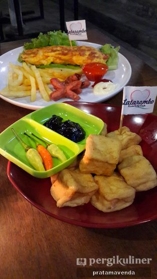 Foto review Latarombo Riverside Cafe oleh Venda Intan 3