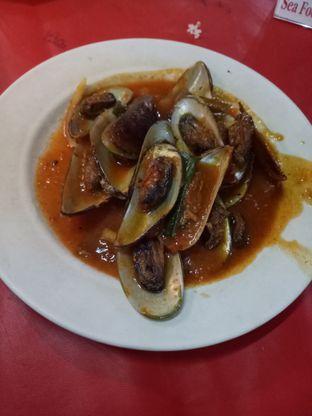 Foto 2 - Makanan di Seafood Ayu oleh @duorakuss