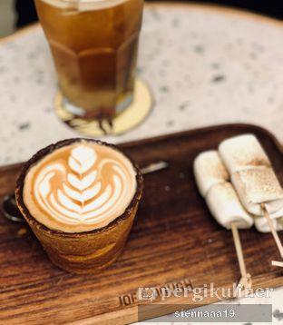 Foto 2 - Makanan(JD cookie cup) di Joe & Dough oleh Sienna Paramitha