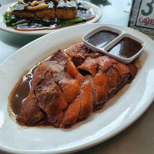 Foto 4 - Makanan(Bebek pangganv) di Eastern Restaurant oleh Mrc Mrc