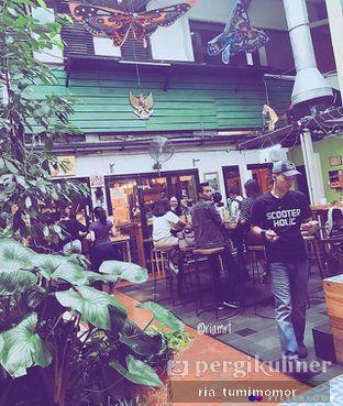 Foto 6 - Interior di Giyanti Coffee Roastery oleh Ria Tumimomor IG: @riamrt