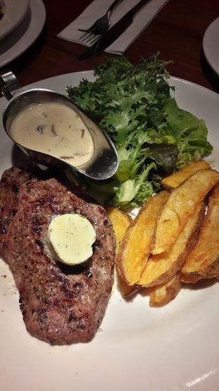 Foto 1 - Makanan di Cork&Screw oleh Andri
