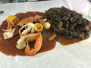 Foto 2 - Makanan di Perang Kerang - Barbarian Seafood House Restaurant oleh gheasami