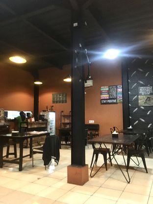Foto 4 - Interior di Pesona Resto & Cafe oleh Prido ZH