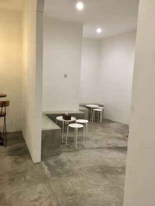 Foto 4 - Interior di Signal Coffee oleh Prido ZH