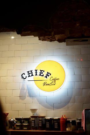 Foto 10 - Interior di Chief Coffee oleh Riani Rin