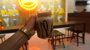 Foto review Dot Com Cafe oleh Dwi Putri Puspita Lasim 1