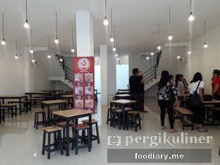 Foto 2 - Interior di Ayam Geprek Ceger oleh @foodiaryme   Khey & Farhan