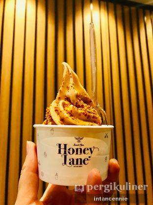 Foto 1 - Makanan di Honey Lane oleh bataLKurus