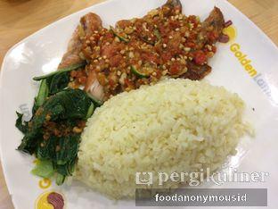 Foto 3 - Makanan(Nasi Hainan Golden Ayam Geprek) di Golden Lamian oleh Food Anonymous IG: @foodanonymousid