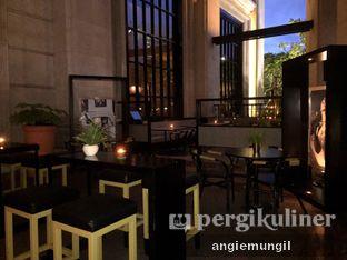 Foto 4 - Interior di Gia Restaurant & Bar oleh Angie  Katarina
