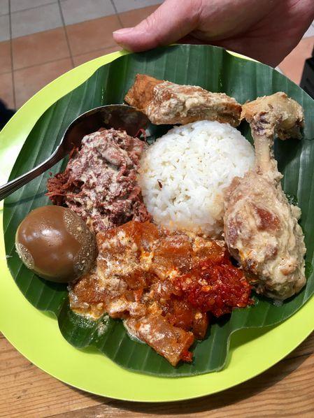 Galeri Foto Makanan Dan Suasana Di Nasi Gudeg Amp Liwet Cah Solo