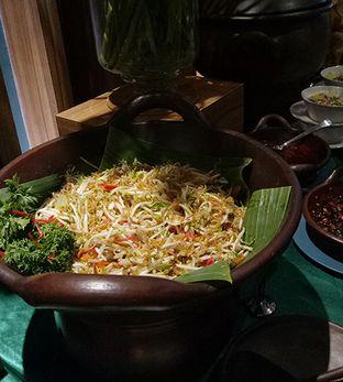 Foto 5 - Makanan(tauge ikan asin) di Straits oleh maysfood journal.blogspot.com Maygreen