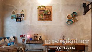 Foto 9 - Interior di Kona Koffie & Eatery oleh UrsAndNic