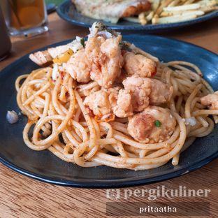 Foto 2 - Makanan(aglio olio pasta) di Threelogy Coffee oleh Prita Hayuning Dias