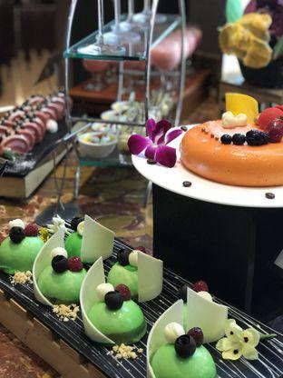 Foto 2 - Makanan di The Square - Hotel Novotel Tangerang oleh @stelmaris